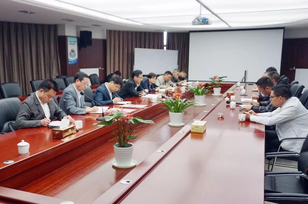 http://www.zgmaimai.cn/fangzhifushi/125243.html