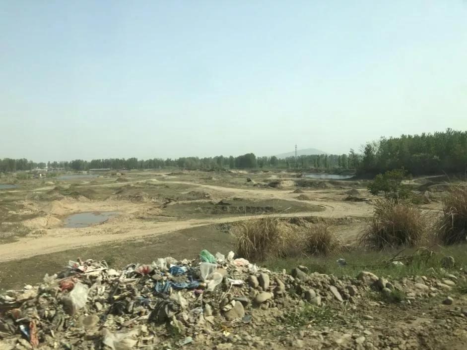 河南鲁山:在水源保护区以疏浚之名行采砂之实