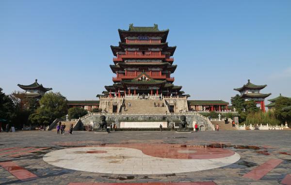 江西滕王阁正式晋升5A级景区,江南三大名楼均已位列5A级
