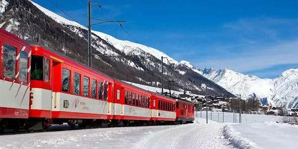 也是世界上最鲁立阁丹东新闻受欢迎的全景观列车