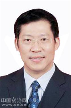 新任甘肃省委常委胡焯已兼任省委政法委书记