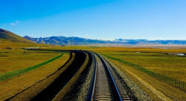 西藏鐵路聯防幫助群眾致富:當好助跑者 脫貧增動力