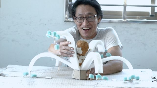 联众单机斗地主玩雕塑的日本老男孩与他的五个工作间