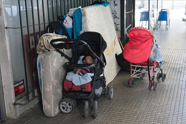 脆国录之阿根廷危机|富饶中的贫困:一切的一切都来自国外