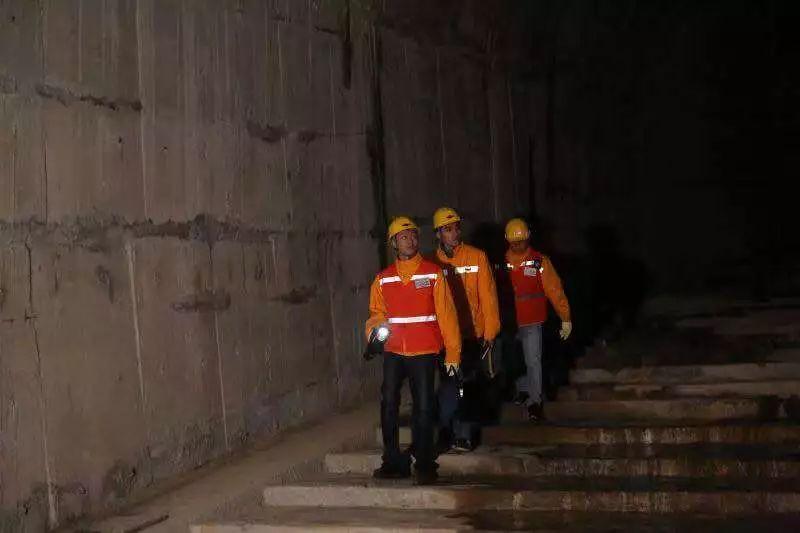 """问政视频丨在高铁隧道里奈何""""密室遁生""""?"""