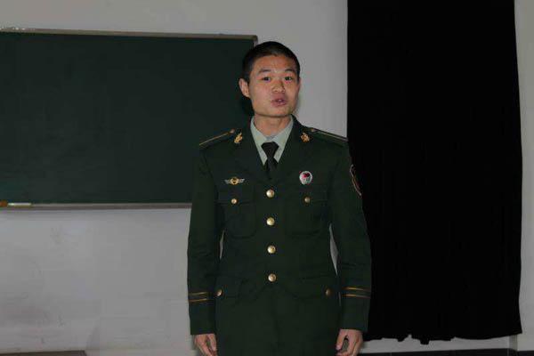 蹈火英雄|牺牲中队长蒋飞飞,曾被评为武警部队优秀教练员