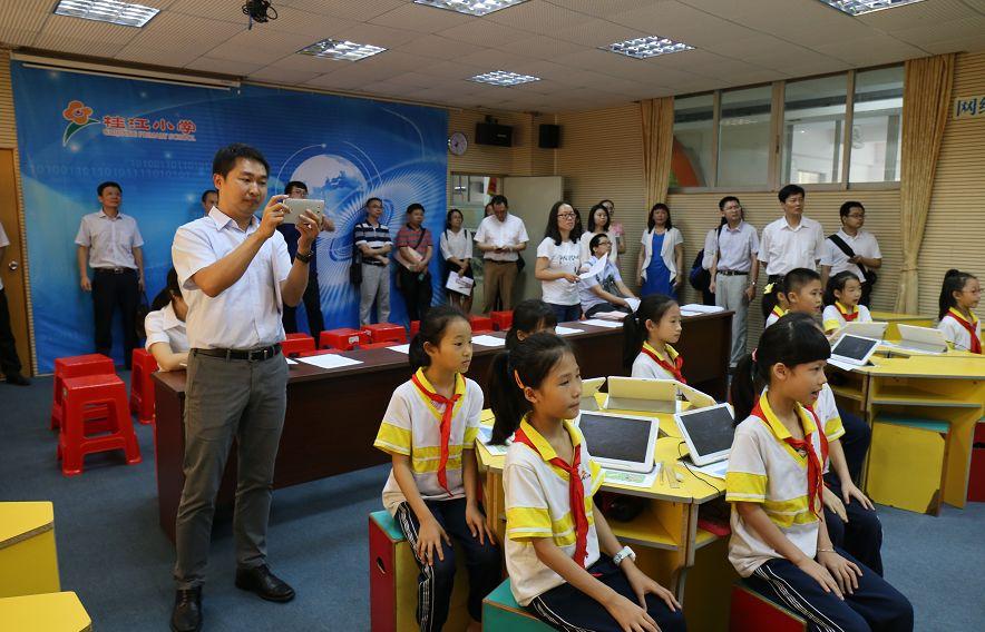 14年v大船带领,南海桂江大船要做学生,秋种小学的感恩作文小学
