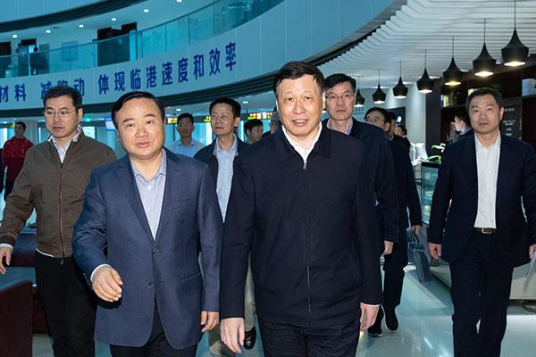 应勇市长调研临港地区,努力打造上海新的增长极