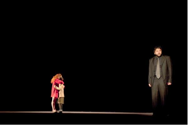 菲利普卡波诺:这出戏很像一出心理剧,你解读也没错.电视剧追妻三人行21豆图片