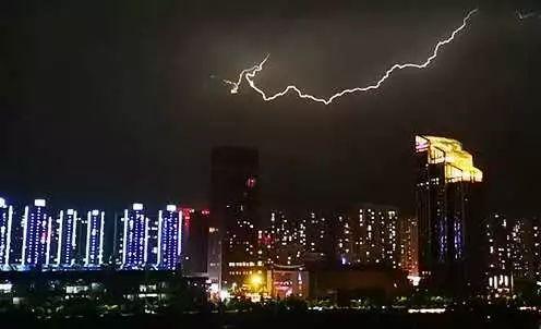 兰州:昨晚,雷声很大,天空很美!接下来的天