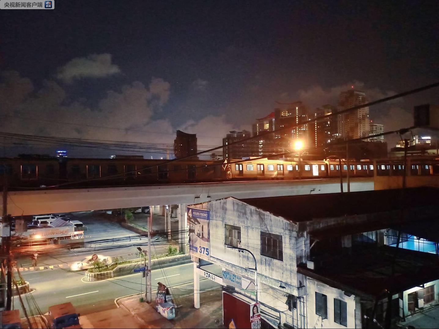 菲律宾首都马尼拉两辆轻轨列车相撞,造成至少29人受伤