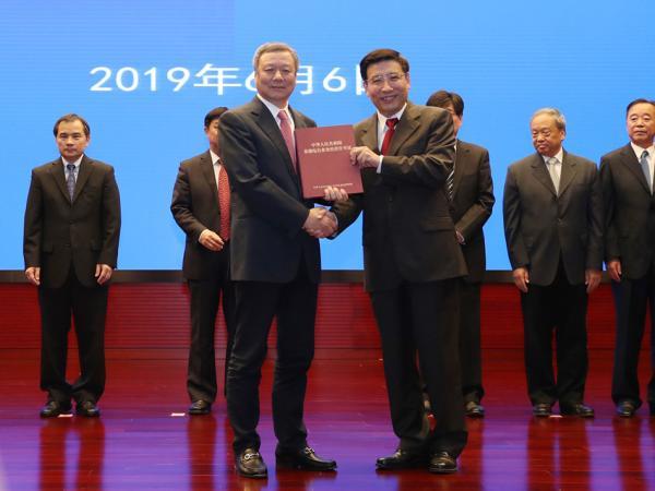 中国联通:坚持高质量建网,欢迎外资企业参与5G市场_亚博