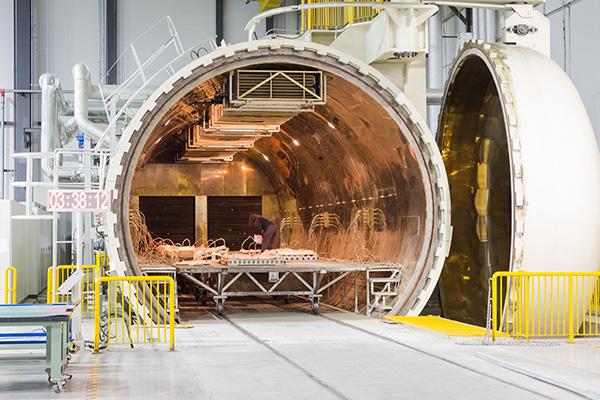 哈飞空客复材制造中心十年:已成A350重要部件独家供应商_亚博