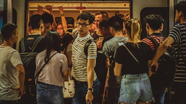 地铁三期规划获批,客流强度全国
