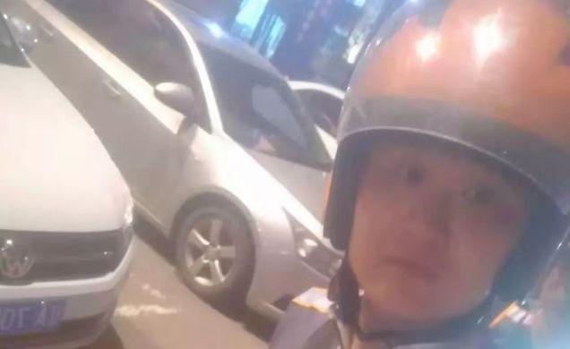 沈阳一外卖小哥三次冲进着火饭店帮忙救火,曾当过5年消防员