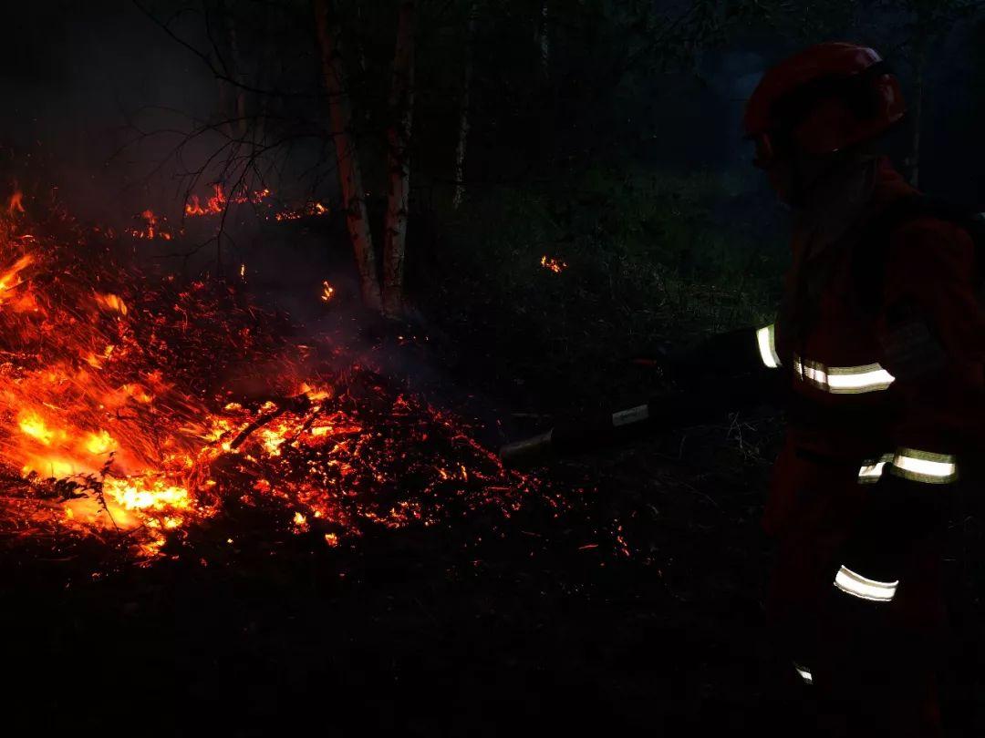 内蒙古大兴安岭林区发生21起雷击火灾,已成功合