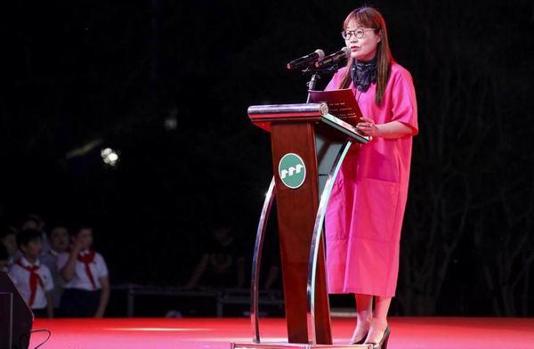 观澜小学校长金维萍寄语毕业生:毕业不是结束,是全新的启程