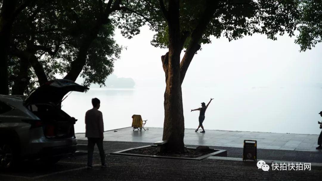 铃木早希_忘我的舞者及其他:西湖边8点前的那些岁月静好
