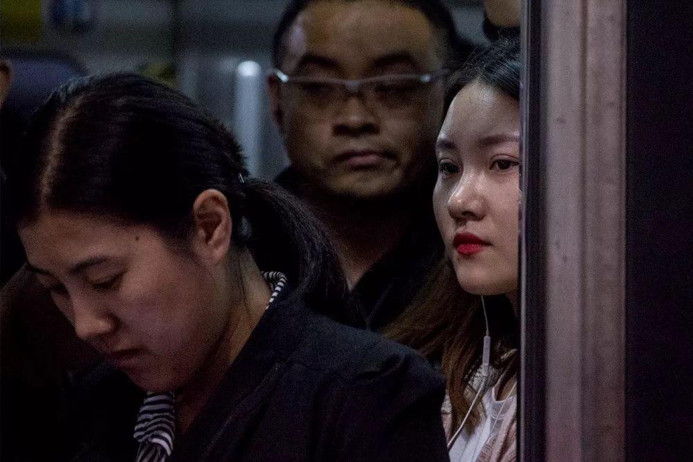 北京[běijīng][běijīng]地铁肖像:梦想前站