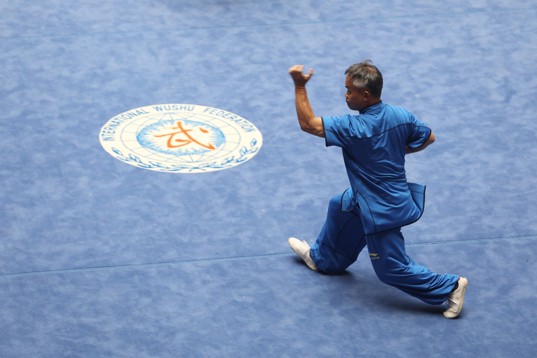 7月22日,选手在武术套路比赛中。