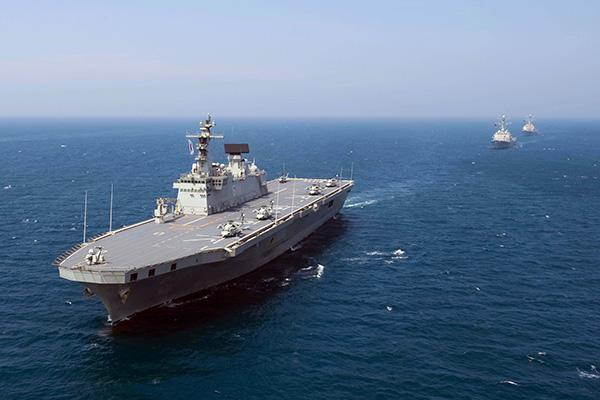 """韩国拟建可搭载战斗机""""准航母"""",与日本开展""""航母竞赛""""?"""