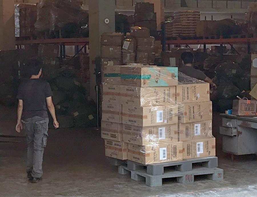 台湾走私烟案发酵:运烟车被指来自蔡英文办公室