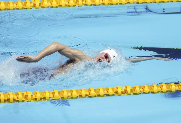 7月23日,孙杨在比赛中。 新华社记者王婧嫱摄