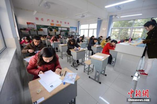 五小时出两版成绩单,河北省故城县教育局人事股股长被免职