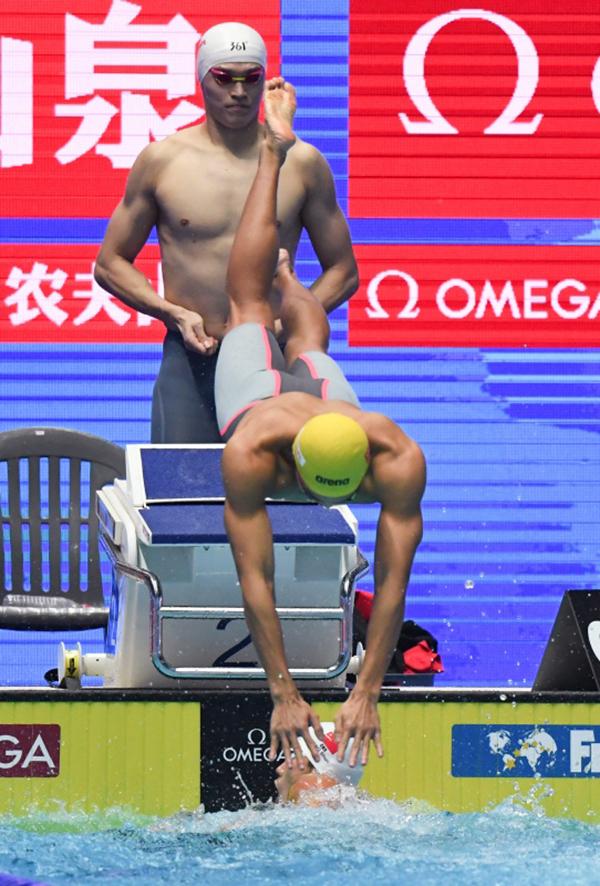 """世锦赛自由泳接力失望收场,中国泳军""""有大兵无小将"""""""