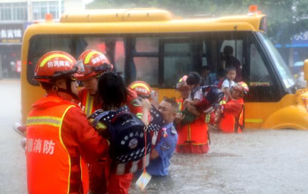 <b>应急部答澎湃:入汛以来消防救援队伍参与救援行动3187次</b>