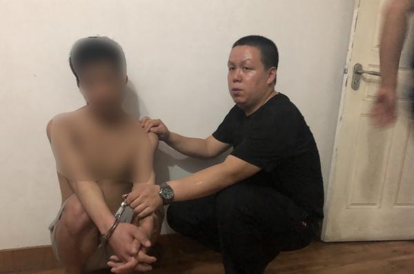 男子作案潜逃后在武汉被抓,怀孕7个月的女友才知道他是逃犯