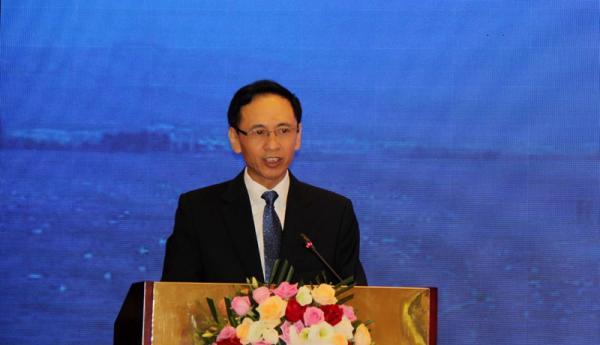 中央广播电视总台副台长阎晓明:媒体融合需顺应潮流主动作为