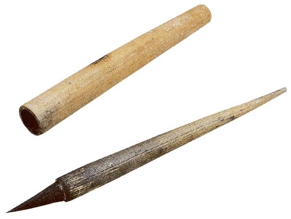 "<b>魏晋时期的文房器用:""一点如漆""的仲将墨与韦诞笔、紫纸</b>"