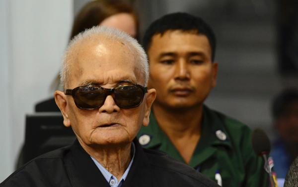 """柬埔寨媒体:前红色高棉""""二号人物""""农谢服刑期间在医院去世"""