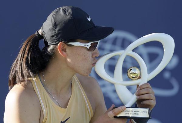 李娜之后第一人!她是郑赛赛,中国女网又有了顶级赛单打冠军