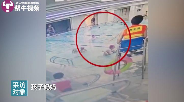 常州一教练15秒3次猛摔孩子入泳池,涉事游泳馆已停业整顿