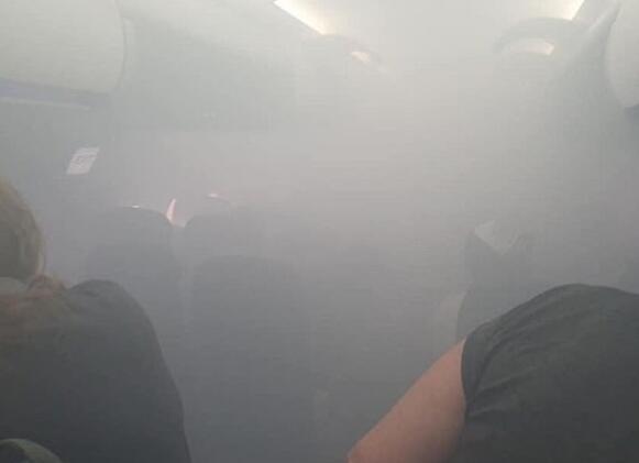 英航一客机飞行途中舱内突然充满浓烟,紧急降落西班牙