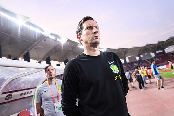 德国足球教练施密特