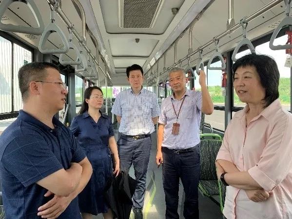 工信部科技司赴上海临港调研智能网联汽车产业