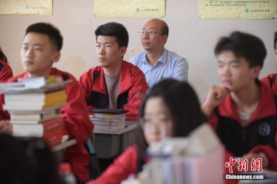 江西整顿暑期违规补课:突击检查45个县区97所中小学校