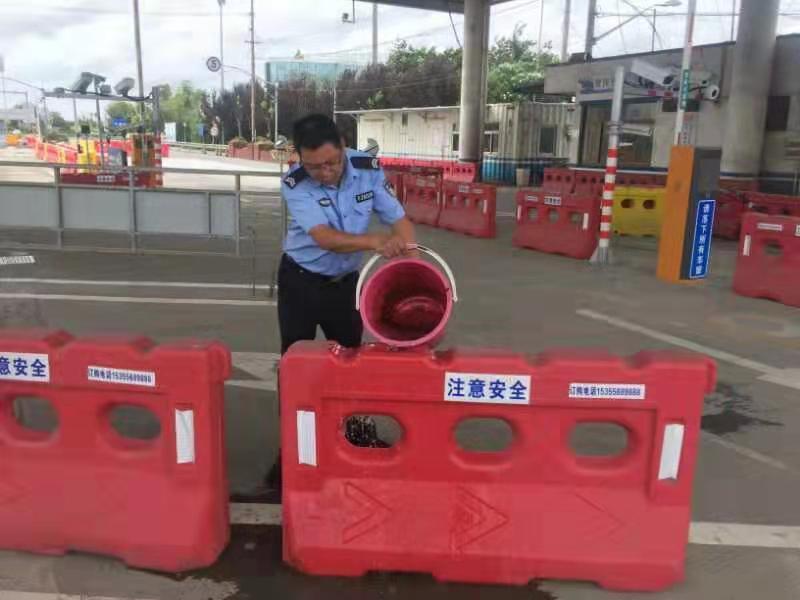 台风天驾驶指南上线!上海警察蜀黍为你划了三个关键词