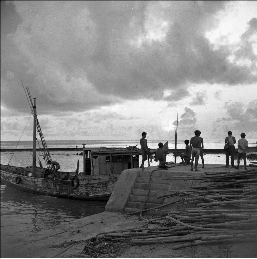 图集|30年前,一名水兵镜头下的西沙群岛
