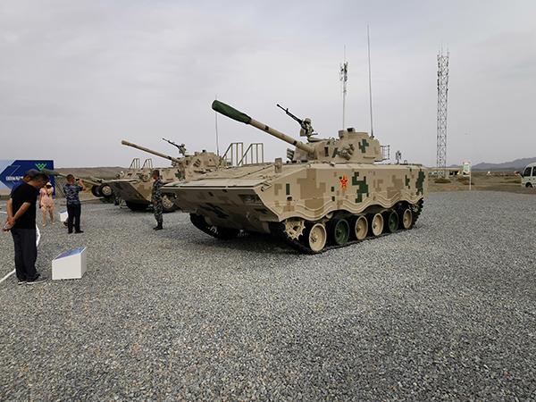 讲武谈兵|陆战多面手,从我军迫榴炮谈谈多功能火炮的发展
