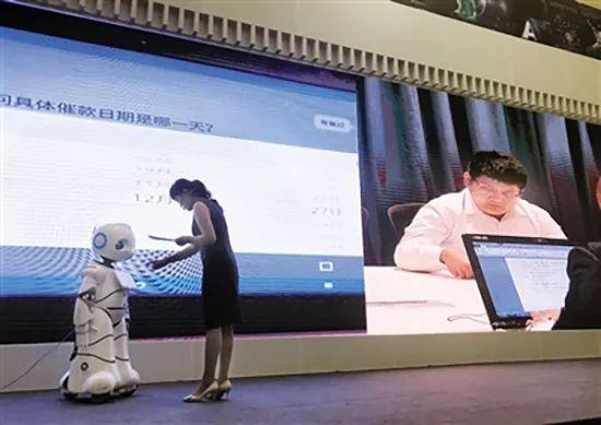 【PK】你是律师敢挑战吗?和机器人比赛写合同