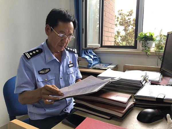 法者|审讯专家李忠:唤醒人性,审讯最高境界是让嫌疑人悔过