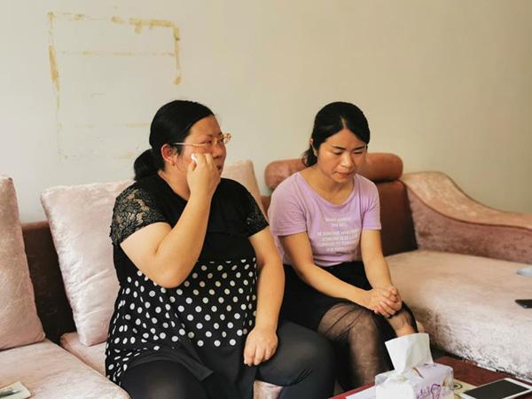 湖南两姐妹为父追凶25年:在梦里父亲让给他报仇