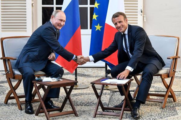 """普京G7峰会前访法会晤马克龙,称对乌克兰问题""""谨慎乐观"""""""