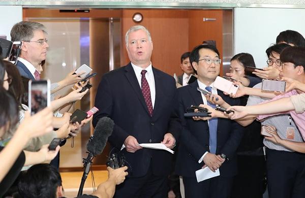 美对朝政策特别代表:已做好重启磋商准备,否认出任驻俄大使