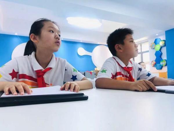 """如何大规模因∏材施教?上海这所小学每个孩子都有""""数字画像"""""""