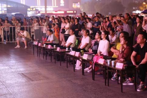 《辛运快三登录》_昨晚,这里很惊艳!献礼祖国70周年华诞,焦作市